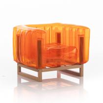 Fauteuil Yomi orange - Cadre bois - Mojow