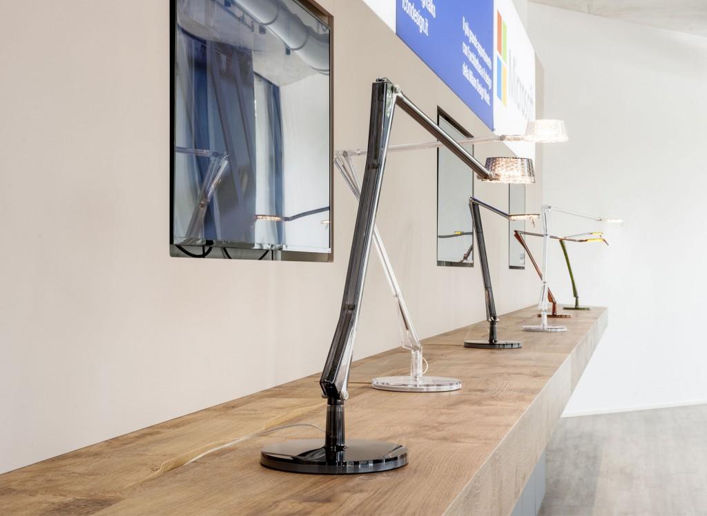 lampe de bureau aledin tec kartell. Black Bedroom Furniture Sets. Home Design Ideas