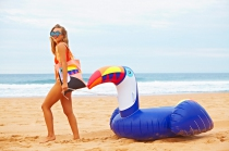 MATELAS GONFLABLE TOUCAN - SUNNYLIFE